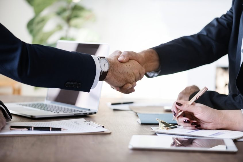 Shake hand agreement of two investor